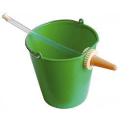 BUCKET WITH BOTTLE IN PLASTIC FOR CALVES